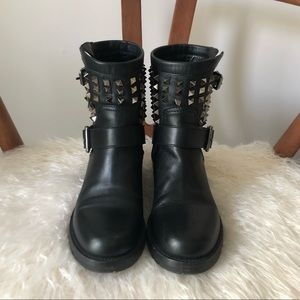 Valentino Shoes - 48HRSALE 💥 VALENTINO Rockstud Moto Ankle Boots 37